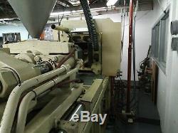 1987 Cincinnati Milacron 165-ton Plastic Injection Molding Machine