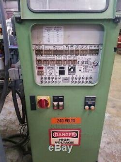 1988 ARBURG 75 TON ALLROUNDER PLASTIC INJECTION MOLDING MACHINE 3.8oz Barrel