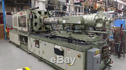 1994 Nissei 400 Ton Plastic Injection Molding Machine
