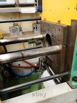 2000 Arburg 38-ton Plastic Injection Molding Machine
