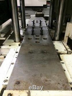 2004 150Ton 4oz Newbury 150VTTS4-0070 Vertical Plastic Injection Molding Machine