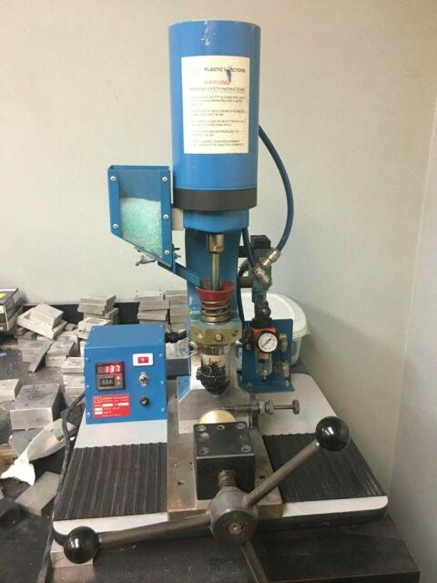 Ab-100 Plastic Injector Injection Molding Machine, 6 Gram Shot Gently Used