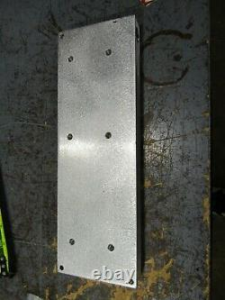 Aluminum injection four cavity wiggle worm mold