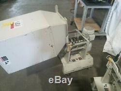 Bi-Cutter Screenless Plastic Granulator Grinder Injection Molding press side