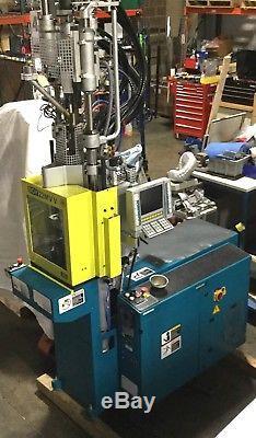 Boy 22M VV Vertical Plastic Injection Molding Machine 22-Ton 230V 3Ph Yr. 2005