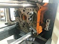 Cincinnati Milacron 33 ton plastic injection molding machine 1994