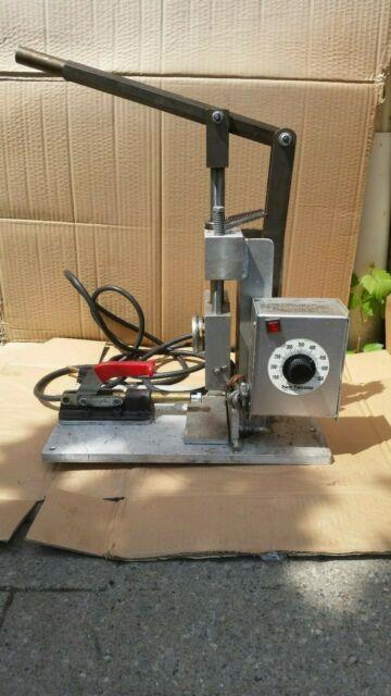 Desktop Benchtop Plastic Injection Molding Machine