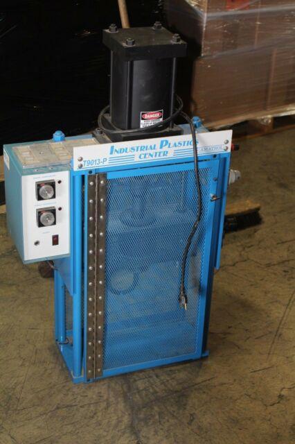 Industrial Plastic Plastic Injection Molding Machine Amatrol T9013-p