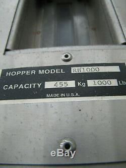 M-TEK 1000LB PLASTIC RESIN INJECTION MOLDING HOPPER with VACUUM DRYER MOBILE