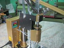 Machine thermoplast TP-180 Hand injection molding machine for plastic 0-400 C°