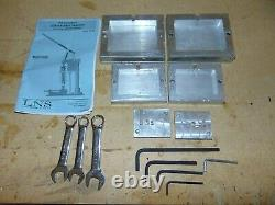 Manual Benchtop Plastic Injection Molding Machine 18g Shot Capacity Gently Used