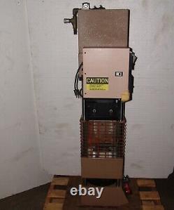 Morgan Press plastic injection molding machine G-100T, 4oz