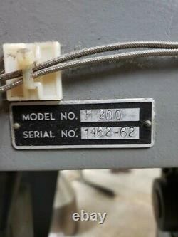 Van dorn plastic injection molding machine H200
