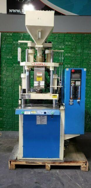 Yuh-dak Machinery Y-450 Single Slider Plastic Injection Molding Machine